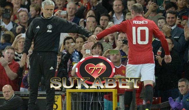 Mourinho : Rooney Tidak Akan Keluar Dari United