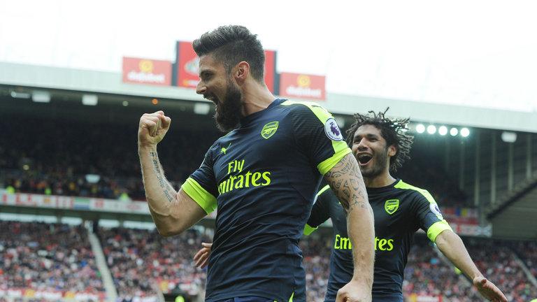 Sunderland 1-4 Arsenal : Giroud dan Sanchez mencetak kawat gigi untuk The Gunners, memperpanjang rekor tidak terkalahkan untuk sembilan pertandingan