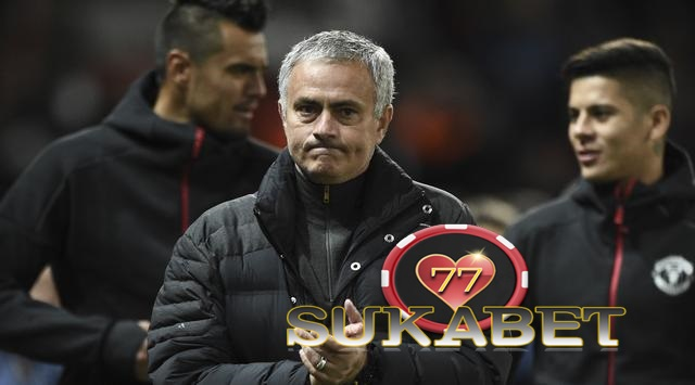 Jose Mourinho: perlu melihat lebih akuisisi Henrikh Mkhitaryan