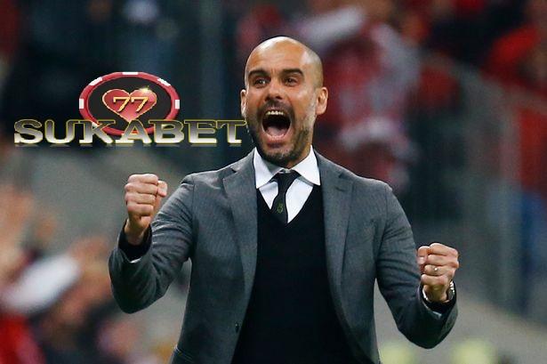 Pep Guardiola menikmati Kemenangan Manchester City Atas Barcelona skuad Terbaik Dunia.