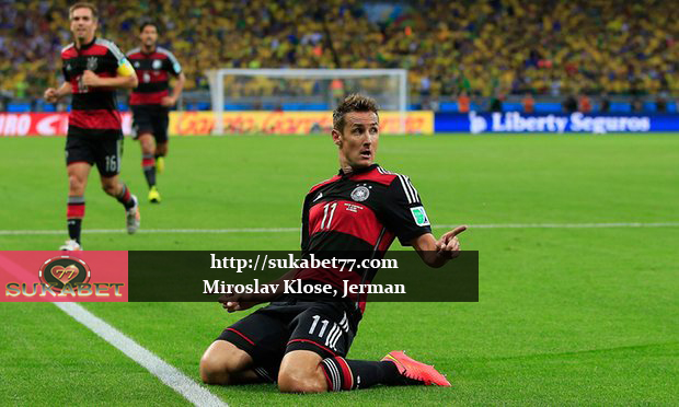 Miroslav Klose Menegaskan Untuk Pensiun dan Akan Bergabung ke Staf Pelatih Jerman