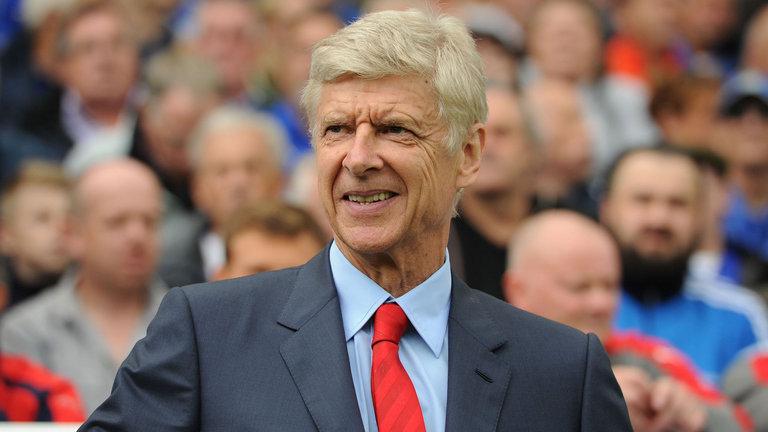 Arsene Wenger tertarik untuk Arsenal untuk finis di depan Paris Saint-Germain di Grup A