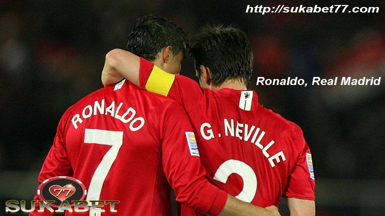 Gary Neville menggambarkan pertama kalinya melihat Cristiano Ronaldo