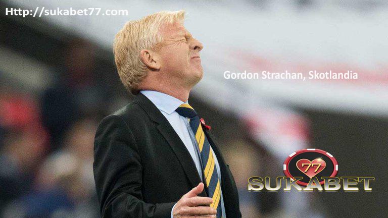 Gordon Strachan menegaskan dia hanya memikirkan tim Skotlandia, tidak masa depannya