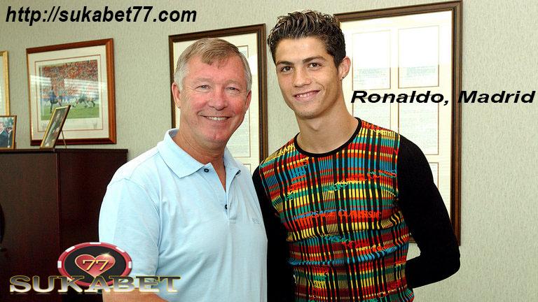 Cristiano Ronaldo Sepertinya bersiap untuk menghadapi Sporting di Liga Champions
