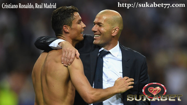 Zidane mengatakan, Cristiano Ronaldo harus pensiun di Real Madrid