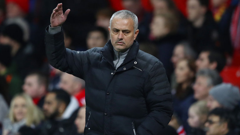 Jose Mourinho mengatakan beberapa skuad Manchester United ini telah berjuang untuk 'mengatasi tekanan untuk menang' di klub