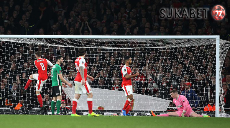 Kemenangan Arsenal ke-200 di Emirates Stadium