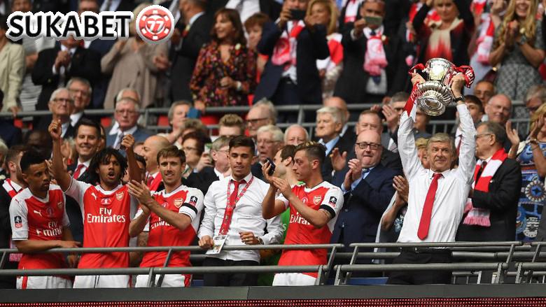 Rekor Baru Arsenal di Balik Kesuksesan Juarai FA CUP