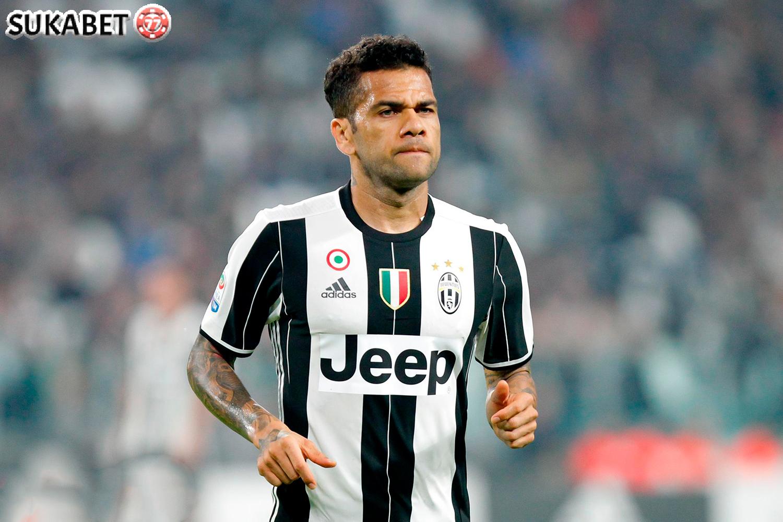 Alves Putus Kontrak Dari Juventus