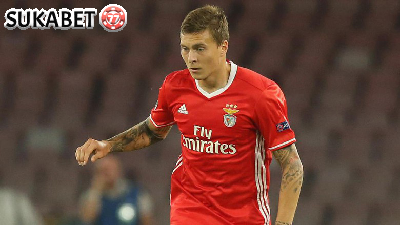 Manchester United: Selamat Datang, Victor Lindelof