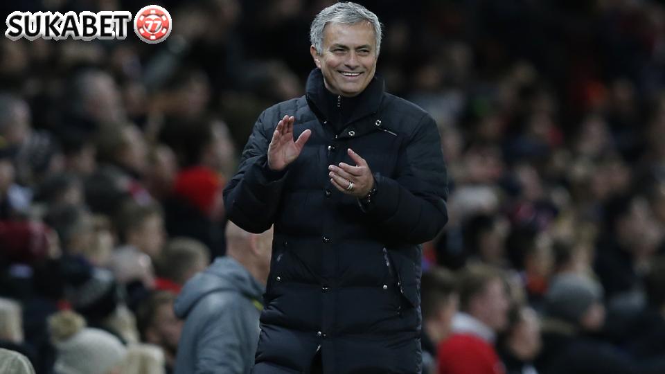 Mourinho Diisukan Gelapkan Pajak Sejak Berada di Spanyol