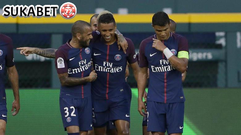 Dani Alves Jadi Pahlawan Usai Bantu PSG Juarai Piala Super Prancis