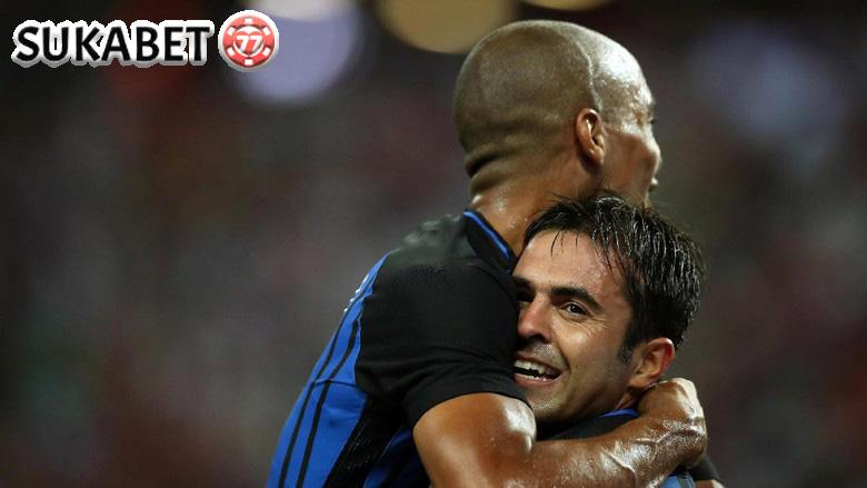 Inter Milan Kalahkan Bayern Munich 2-0