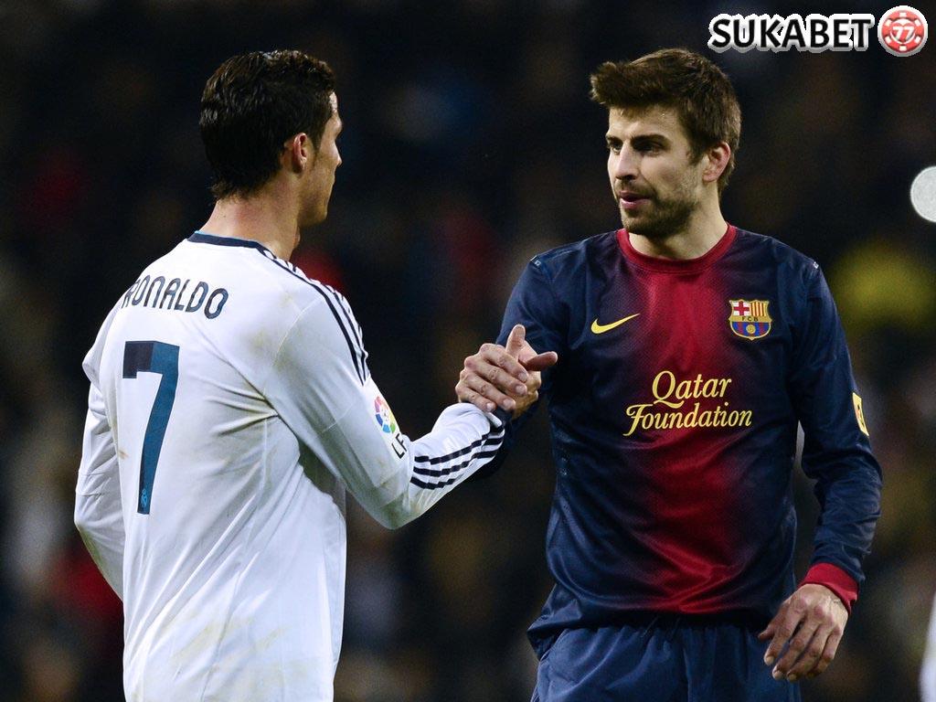 Pique: Tahun Ini Ronaldo Jadi Favorit Ballon d'Or