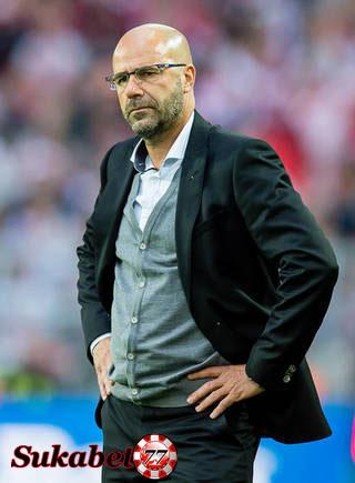 Belum Ada Peningkatan Untuk Dortmund,Peter Bosz Siap Didepak