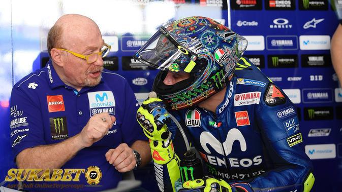 Kendala Berbeda Yang Dialami Valentino Rossi Dan Maverick Vinales