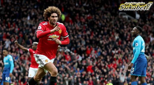 Gol Fellaini Di Injury Time Pastikan Kemenangan MU