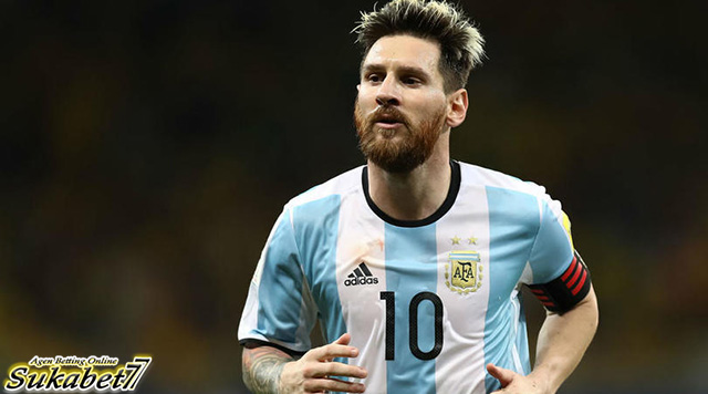 Punggawa Sevilla Tak Ingin Menjegal Messi Di Copa del Rey