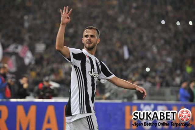 Miralem Pjanic Bertahan Di Juventus Untuk Waktu Lama