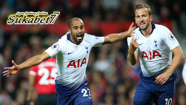 Tiga Gol Tottenham Permalukan United Di Kandang