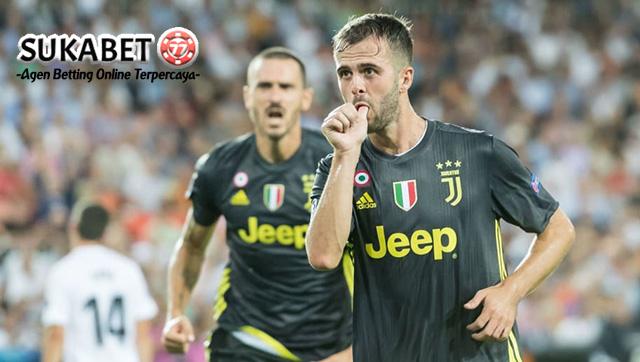 Kemenangan Juventus Atas Valencia Diwarnai Kartu Merah