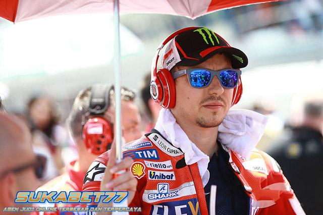 Turun Di GP Valencia, Lorenzo Ingin Kemenangan Untuk Ducati