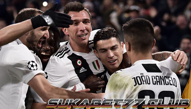 Juventus Pastikan Satu Tiket Setelah Menekuk Valencia